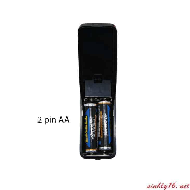 Búp bê mini DV36 sử dụng 2 Pin AAA